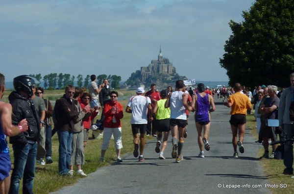 photo du marathon de la baie du Mont Saint-Michel