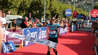 Christel Dewalle championne de France de trail court 2014